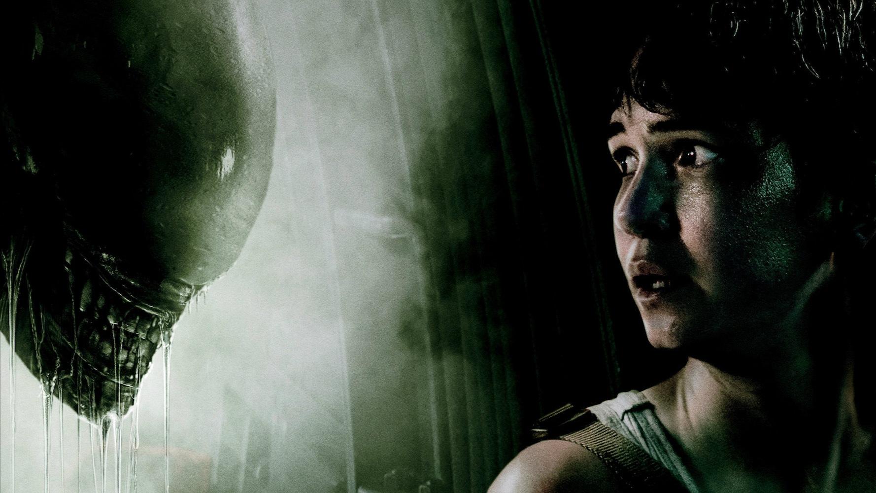 Ridley Scott dělá na scénáři pro dalšího Vetřelce