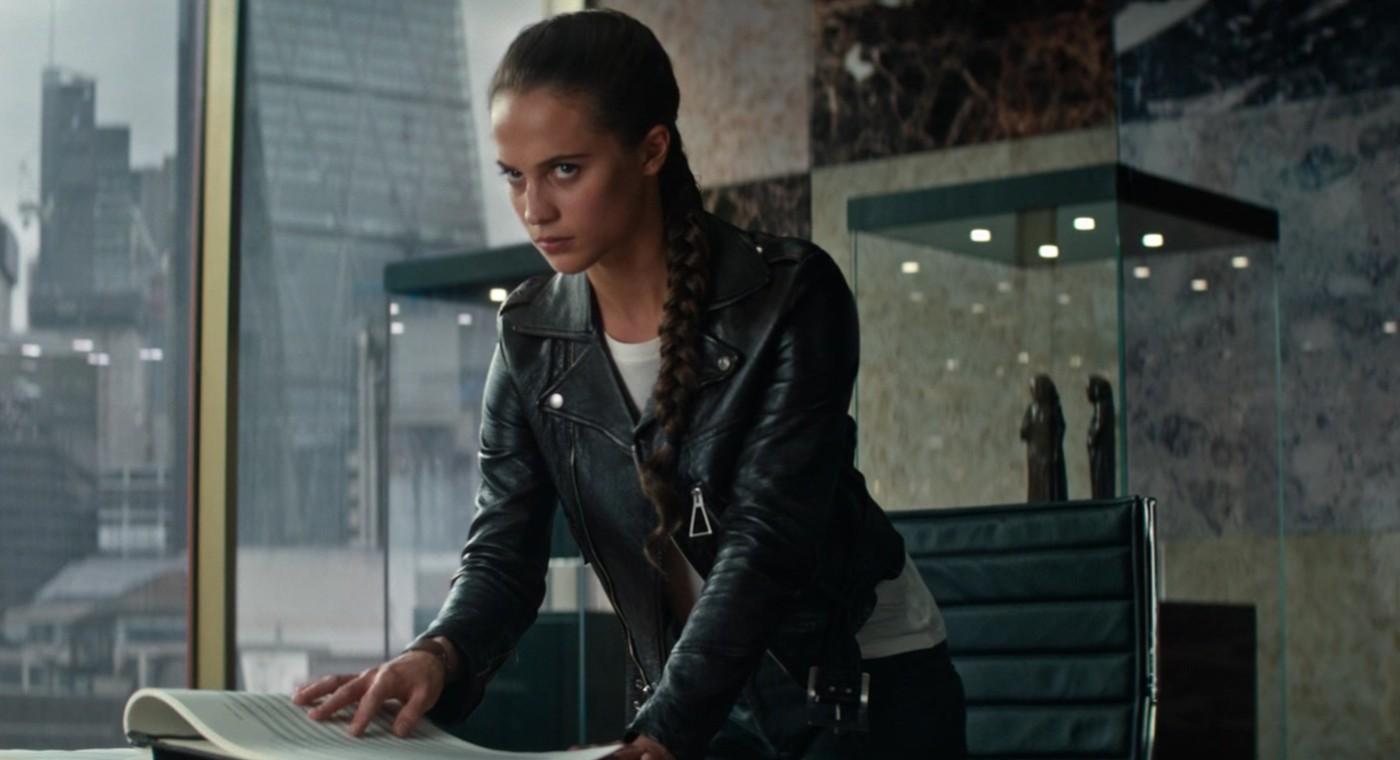Natáčení filmu Tomb Raider 2 je odloženo na neurčito