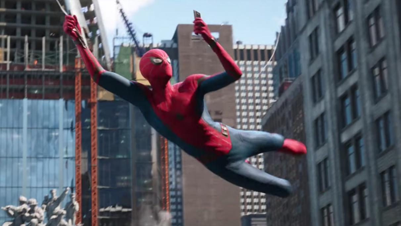 Spider-man: Far From Home v novém traileru odkazuje události Avengers Endgame