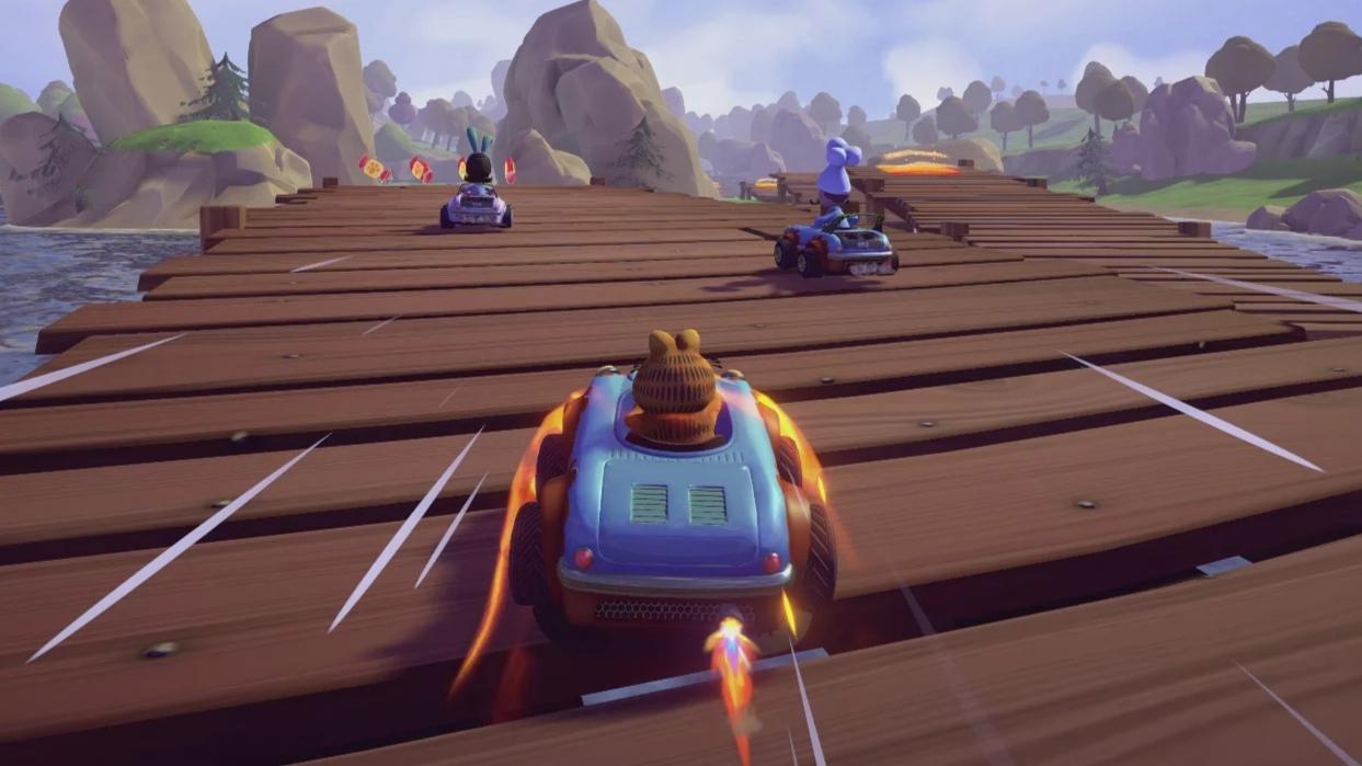 Vyšla kartingová závodní arkáda Garfield Kart – Furious Racing