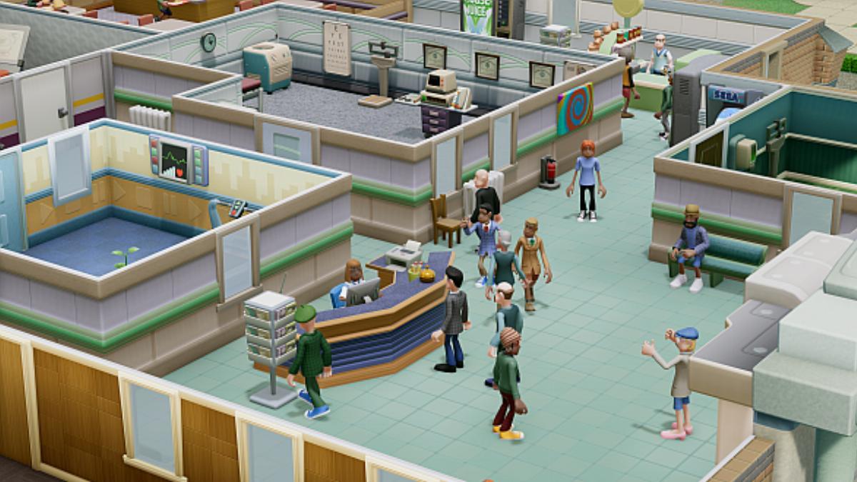 Nové video z Two Point Hospital ukazuje ovládání na konzolích