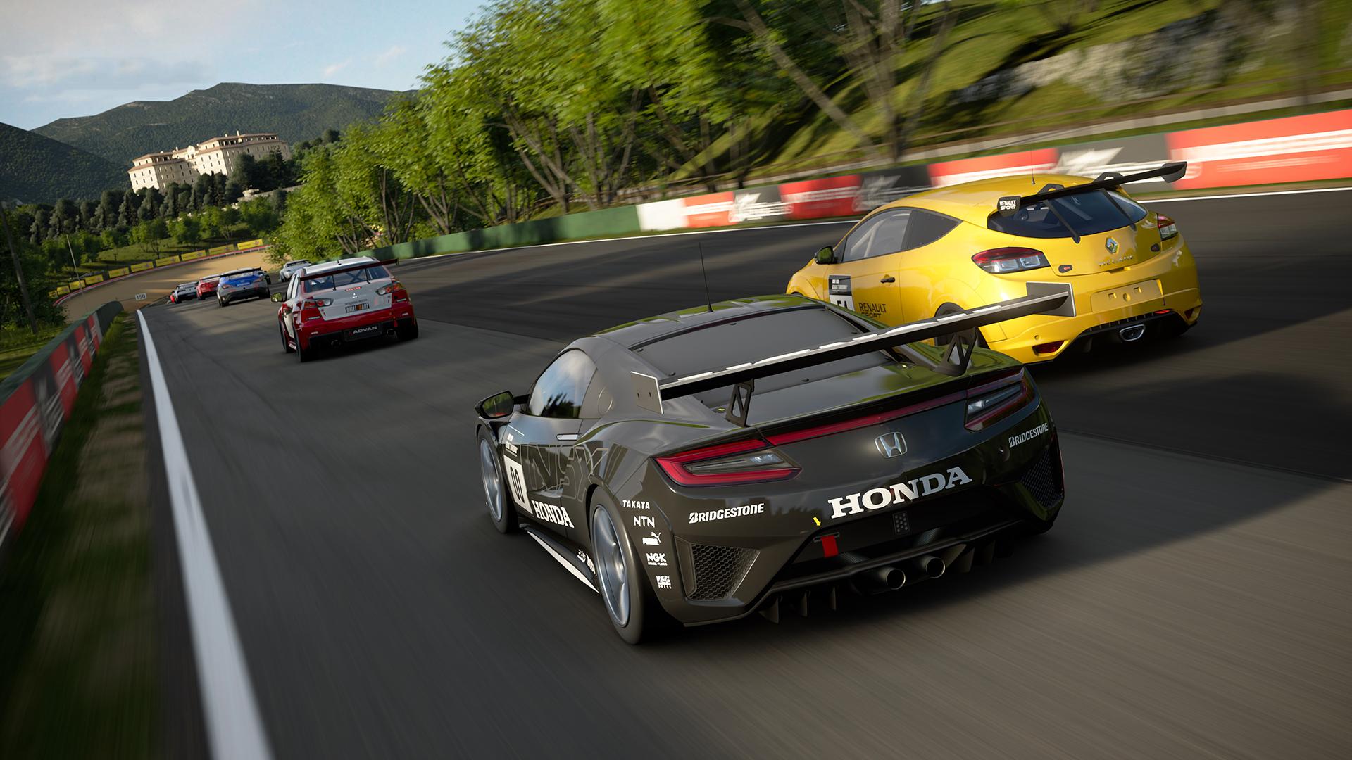 Tvůrce série Gran Turismo dává větší váhu frameratu před rozlišením