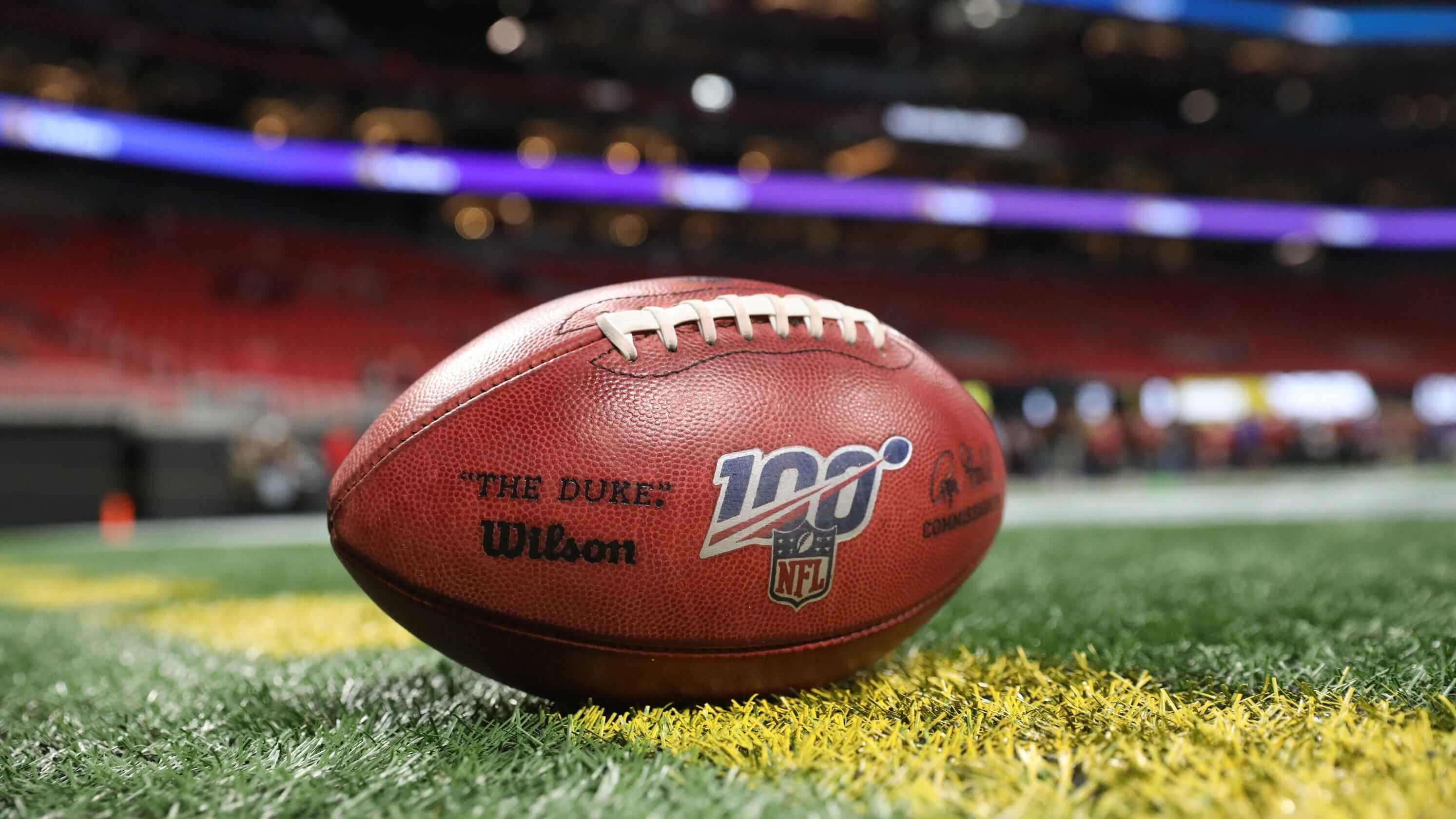 Sportovní série ESPN NFL 2K hlásí návrat